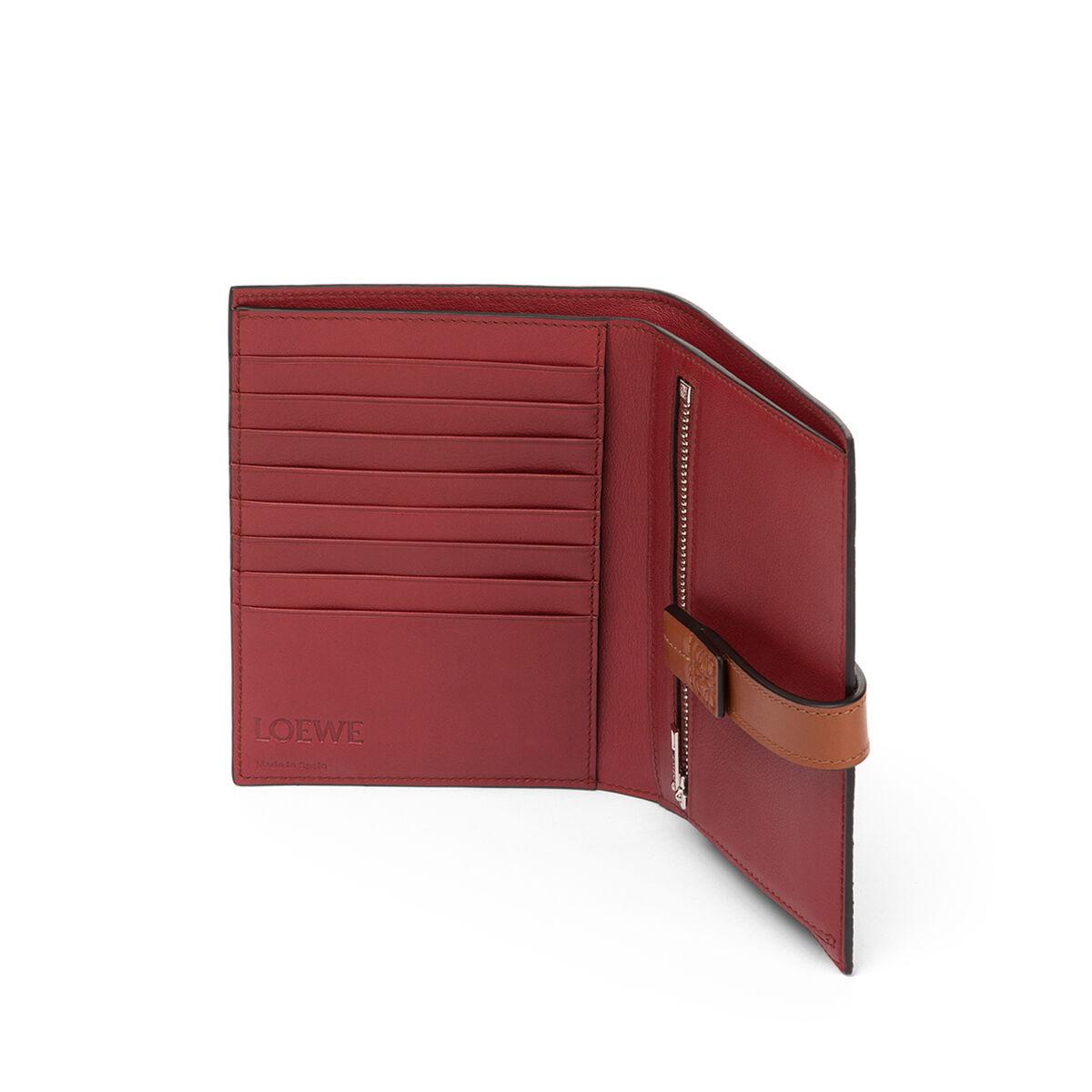 LOEWE Medium Vertical Wallet Light Caramel/Pecan Color  front