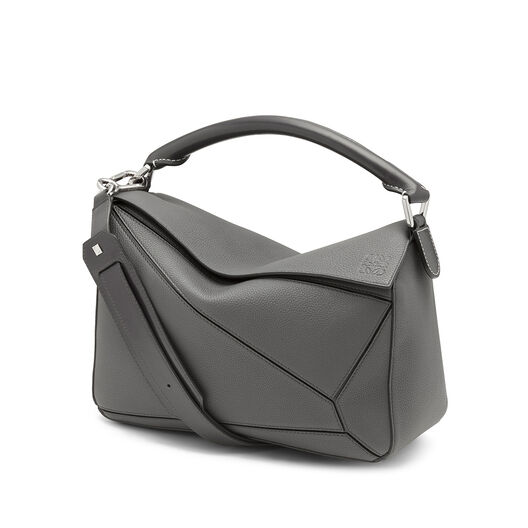 LOEWE Puzzle Bag Anthracite front
