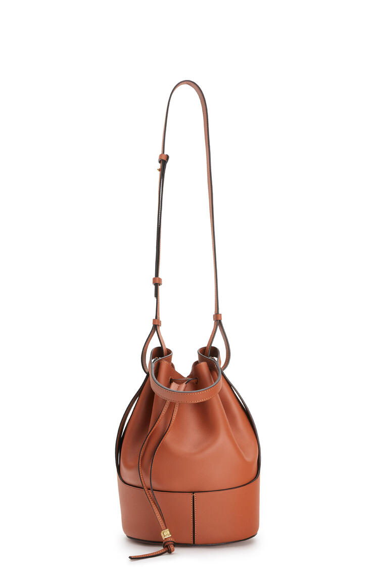 LOEWE Large Balloon bag in nappa calfskin Tan pdp_rd