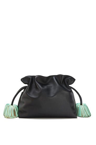 LOEWE Flamenco clutch bell tassel in nappa calfskin Black/Water Green pdp_rd