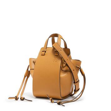 LOEWE Mini Hammock Dw Bag Light Caramel front