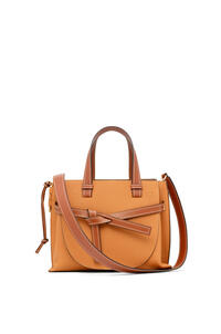 LOEWE Small Gate Top Handle bag in soft grained calfskin Light Caramel/Pecan pdp_rd