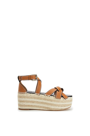 LOEWE Gate Wedge Espadrille In Calfskin Light Caramel pdp_rd