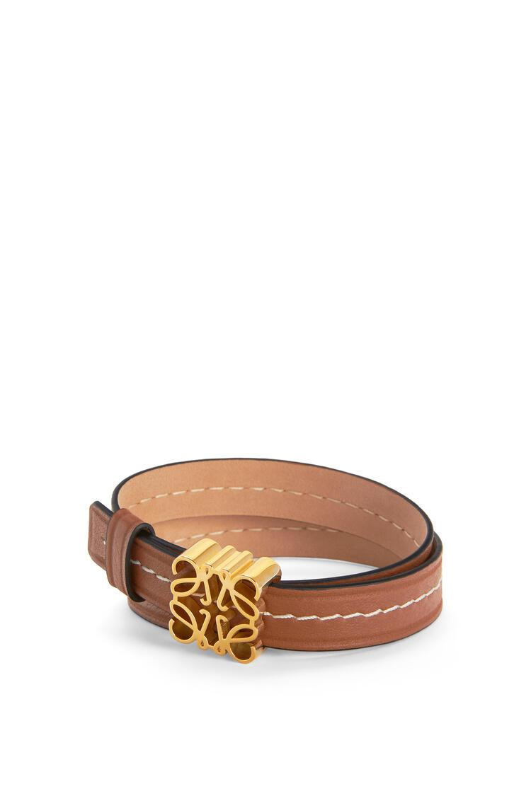 LOEWE Anagram bracelet in calfskin Tan/Gold pdp_rd