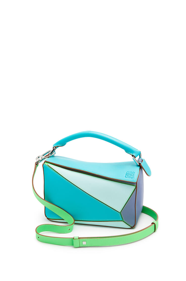 LOEWE Small Puzzle Bag In Classic Calfskin Lagoon Blue/Blueberry pdp_rd