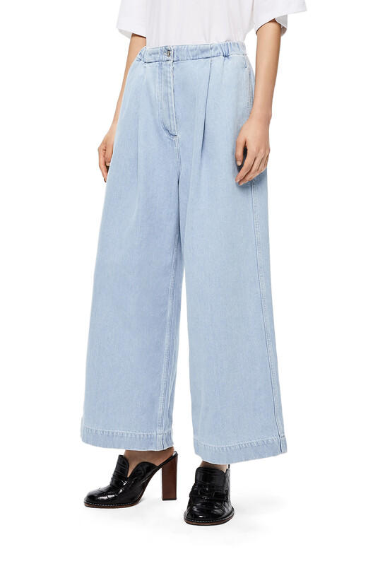 LOEWE Drawstring Cropped Trousers Azul Claro front