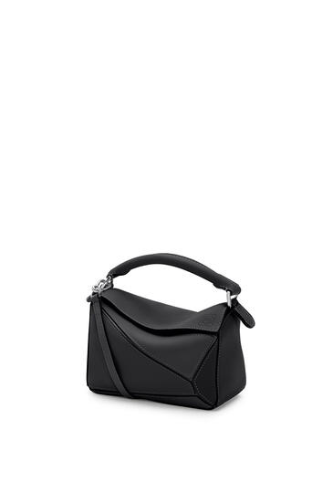 LOEWE Mini Puzzle bag in classic calfskin Black pdp_rd