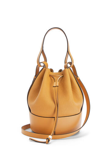LOEWE Balloon bag in grained calfskin Saffron Yellow pdp_rd