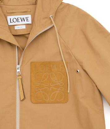 LOEWE ジップフードジャケット ベージュ front