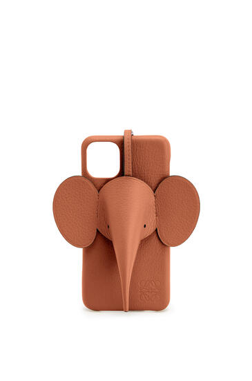 LOEWE Elephant cover for iPhone 11 Pro Max in classic calfskin Tan pdp_rd