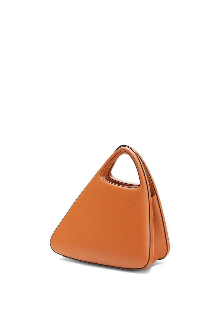 LOEWE Architects A bag in natural calfskin Tan pdp_rd