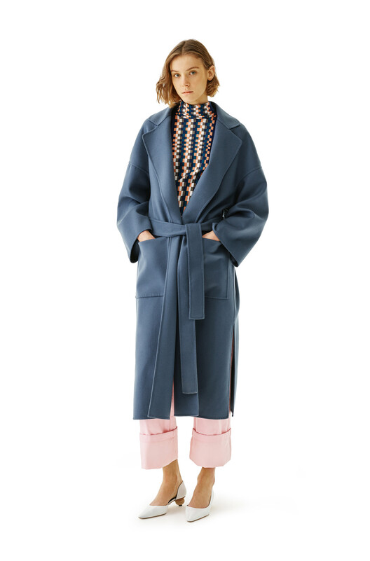LOEWE Oversize Belted Coat Azul Varsity front