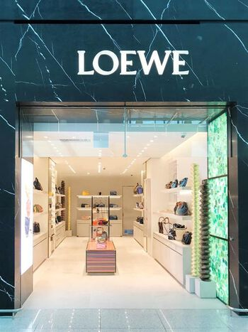 LOEWE Shinsegae Incheon Airport