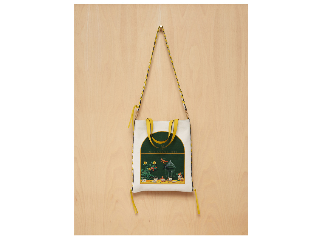 Printed White Canvas and Deep Green Calf LOEWE 1943 Arch Window Tote