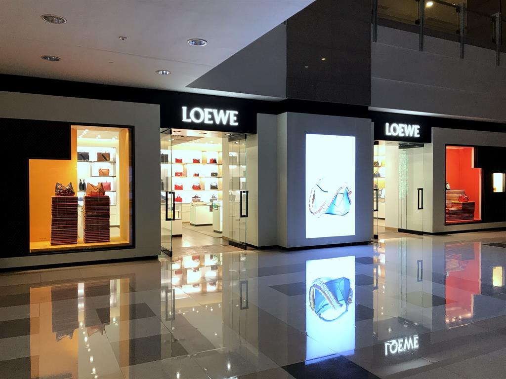 LOEWE Grand Gateway 66