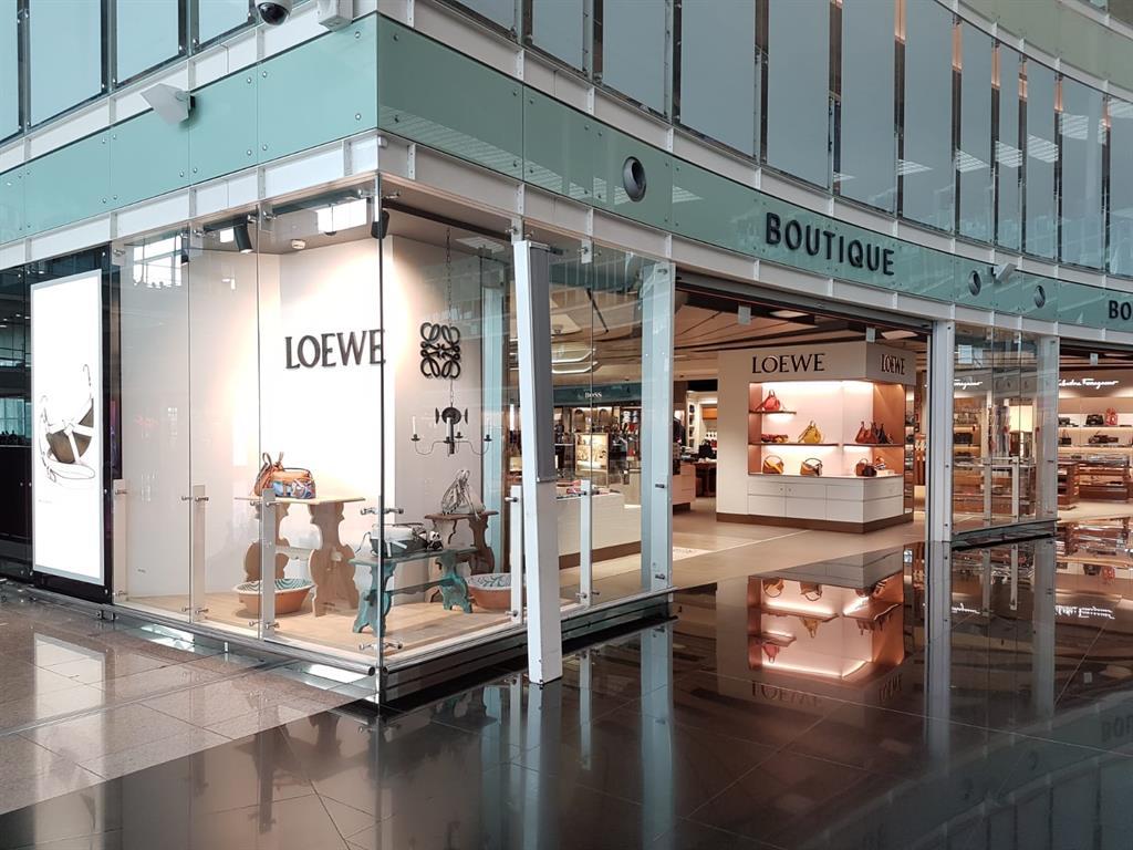 LOEWE Aeropuerto Barcelona T1