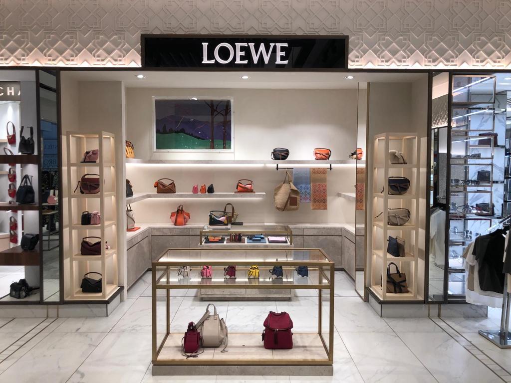 LOEWE Heathrow Airport T5